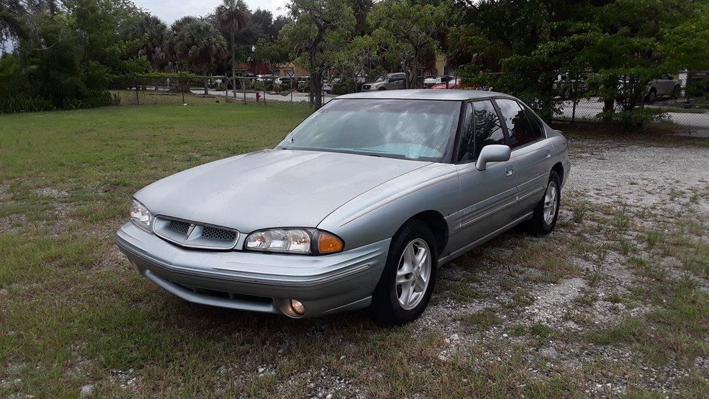 1996 Pontiac Bonneville SLE