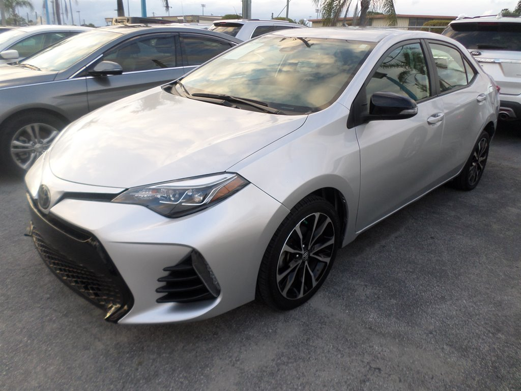 2019 Toyota Corolla SE photo