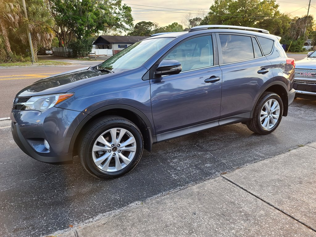 2013 Toyota RAV4 Limited photo