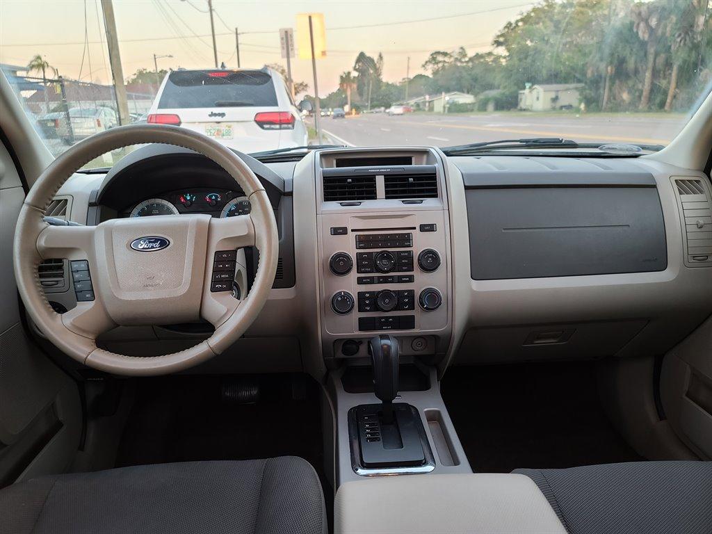 2010 Ford Escape XLT photo