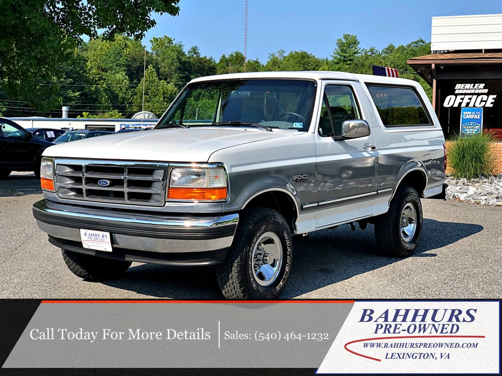 1995 Ford Bronco XLT photo
