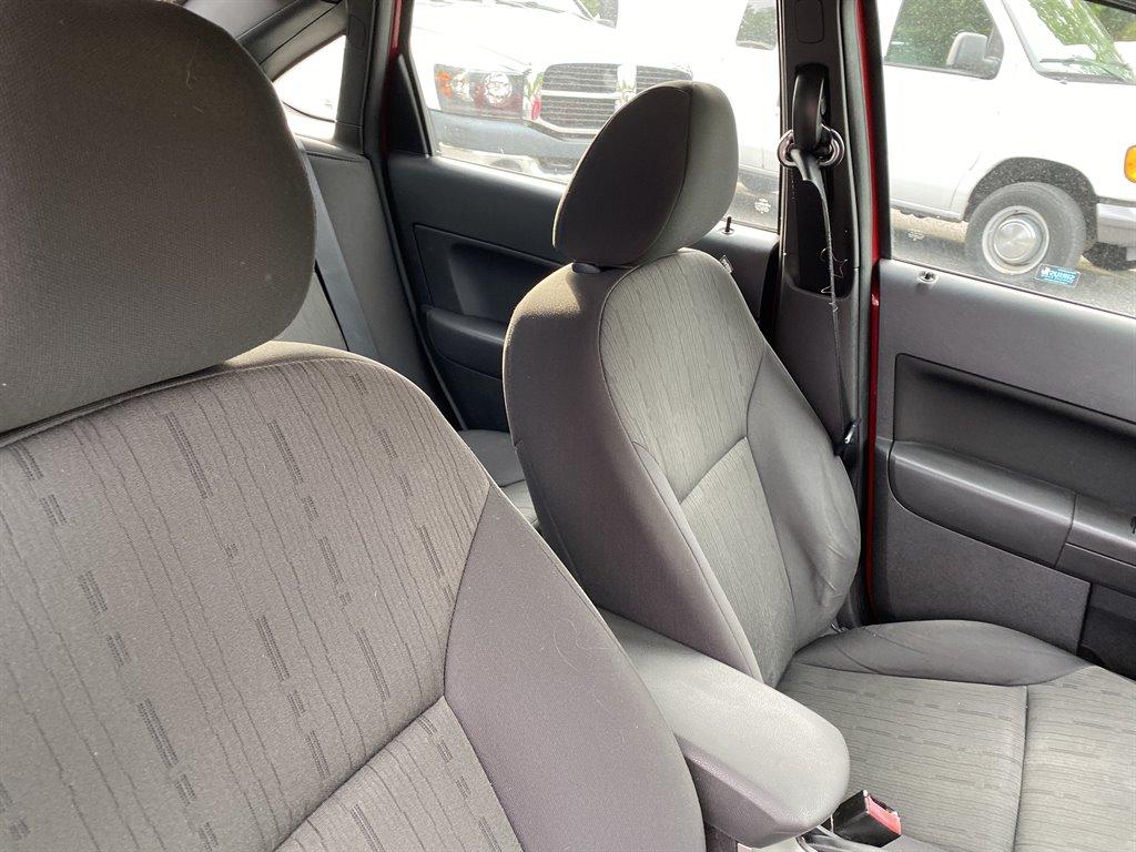 2011 Ford Focus SE photo