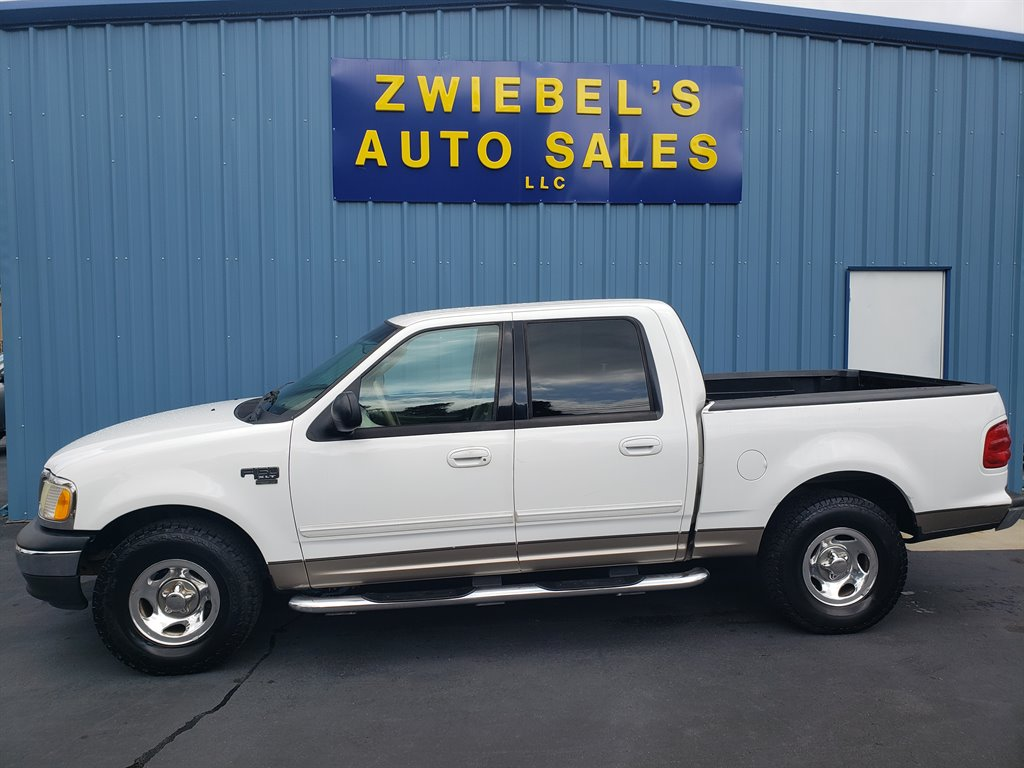 2003 Ford F-150 Lariat photo