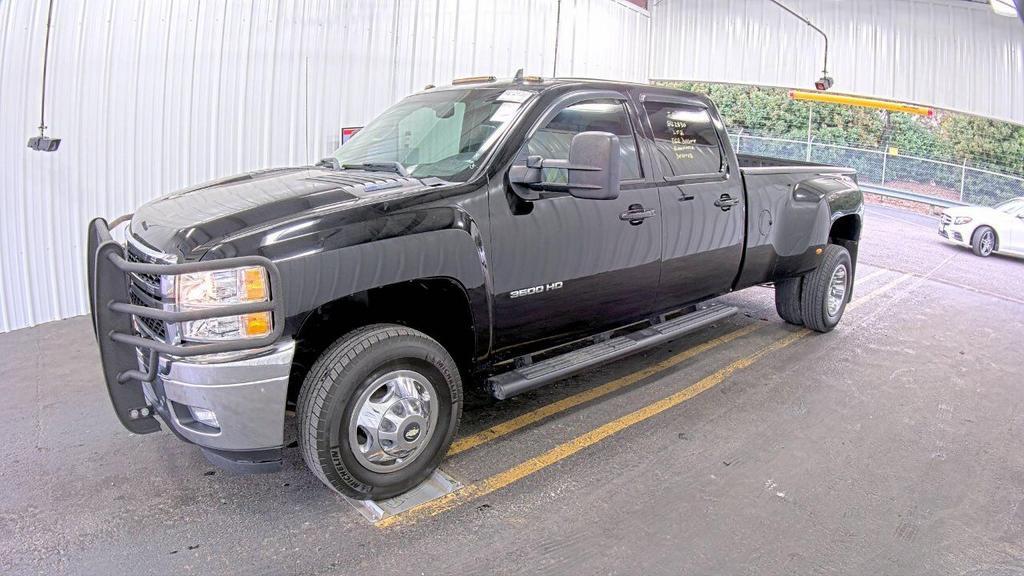 2011 Chevrolet RSX LTZ photo