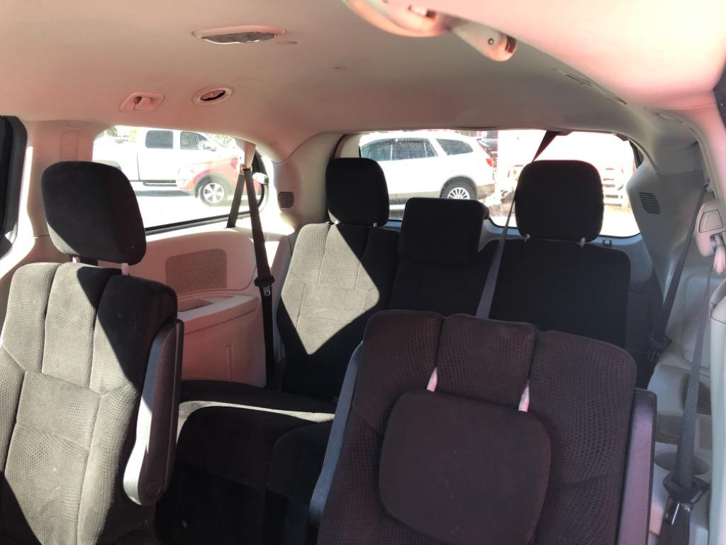 2014 Dodge Grand Caravan SXT photo