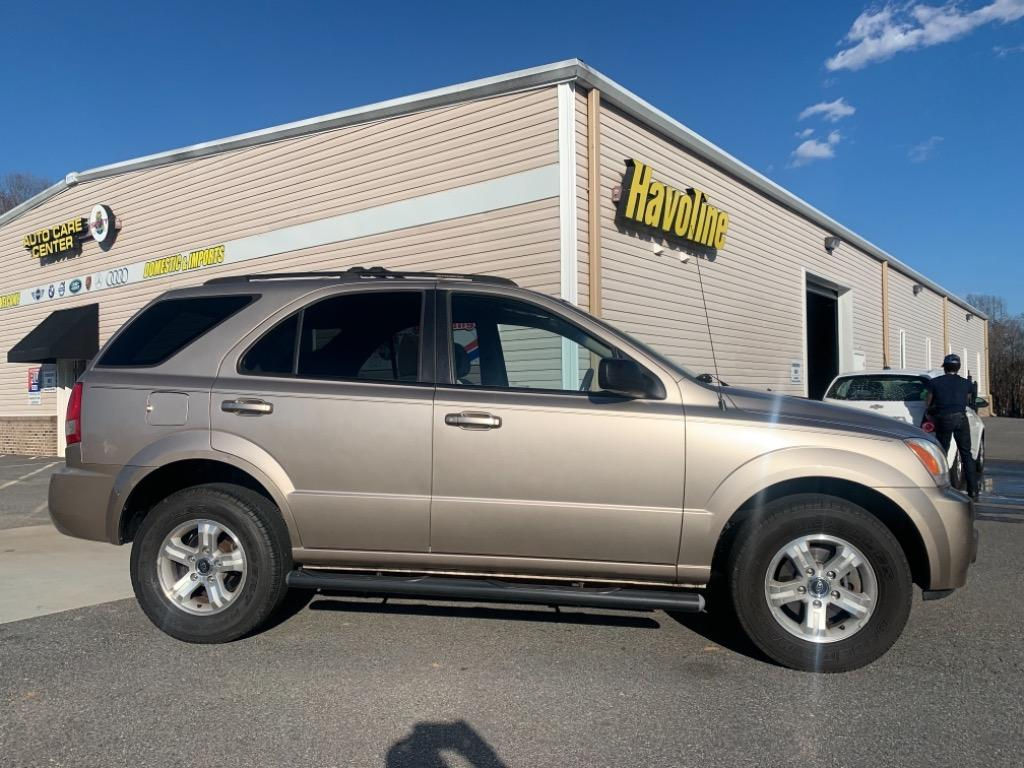 2004 Kia Sorento EX photo