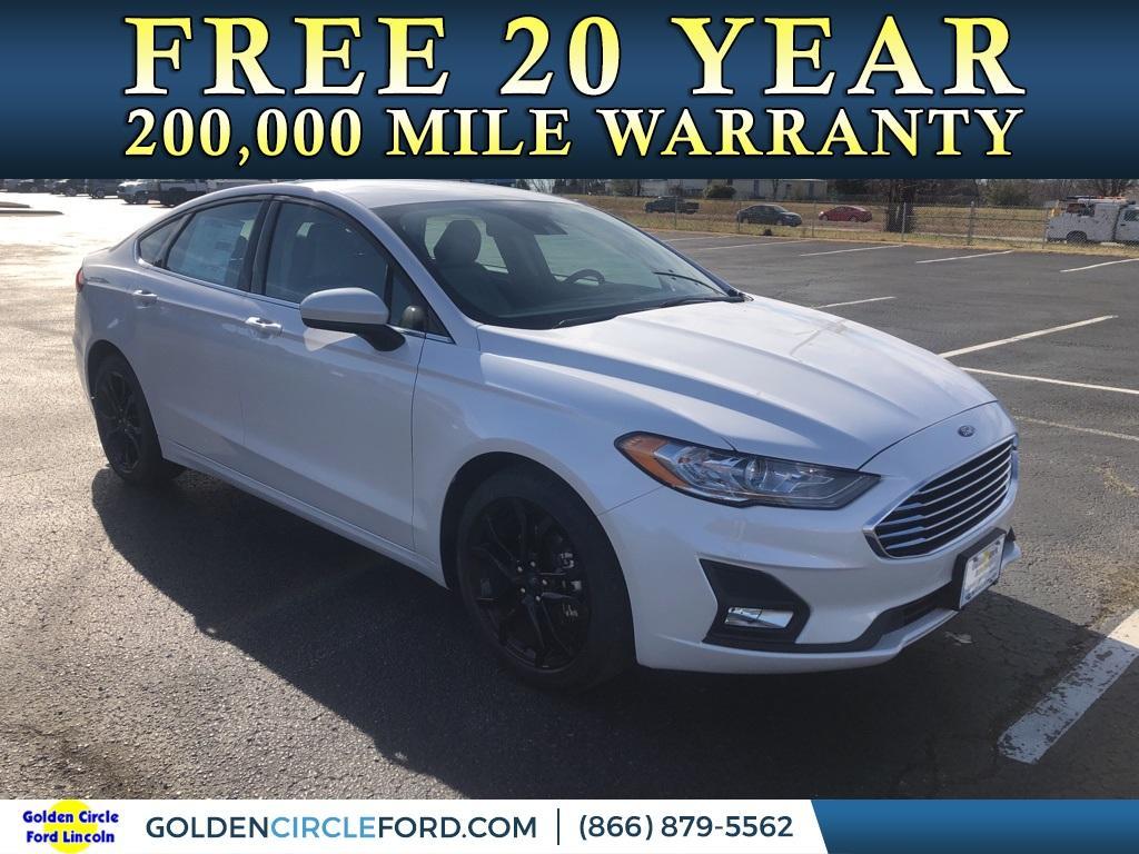 2020 Ford Fusion SE photo