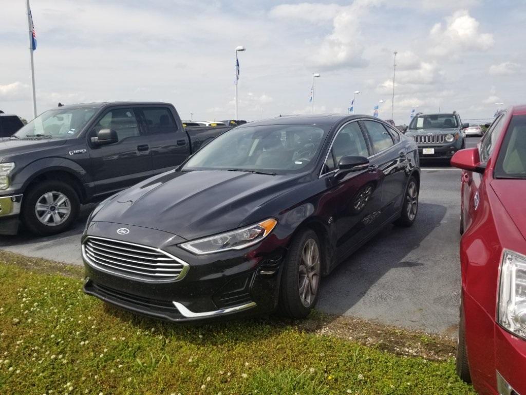 2019 Ford Fusion SEL photo
