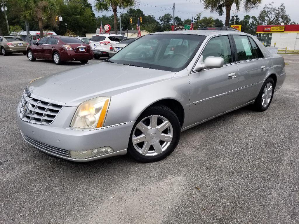 The 2007 Cadillac DTS photos