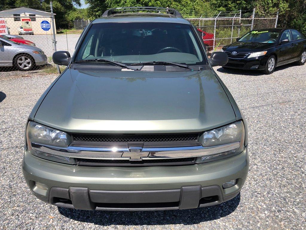 2003 Chevrolet Trailblazer EXT LT photo