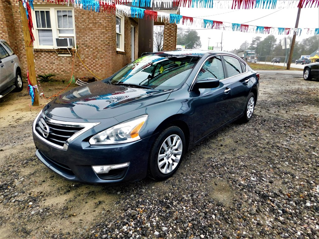 2013 Nissan Altima 2.5 photo
