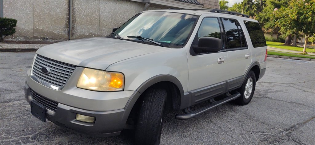 2005 Ford Expedition XLT photo