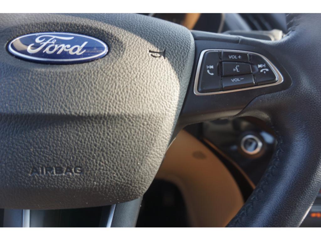 2017 Ford Escape Titanium photo
