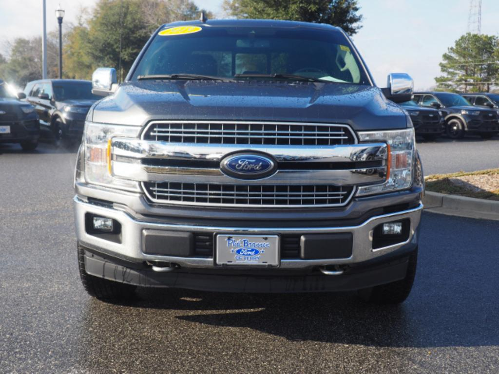 The 2019 Ford F-150 Lariat photos