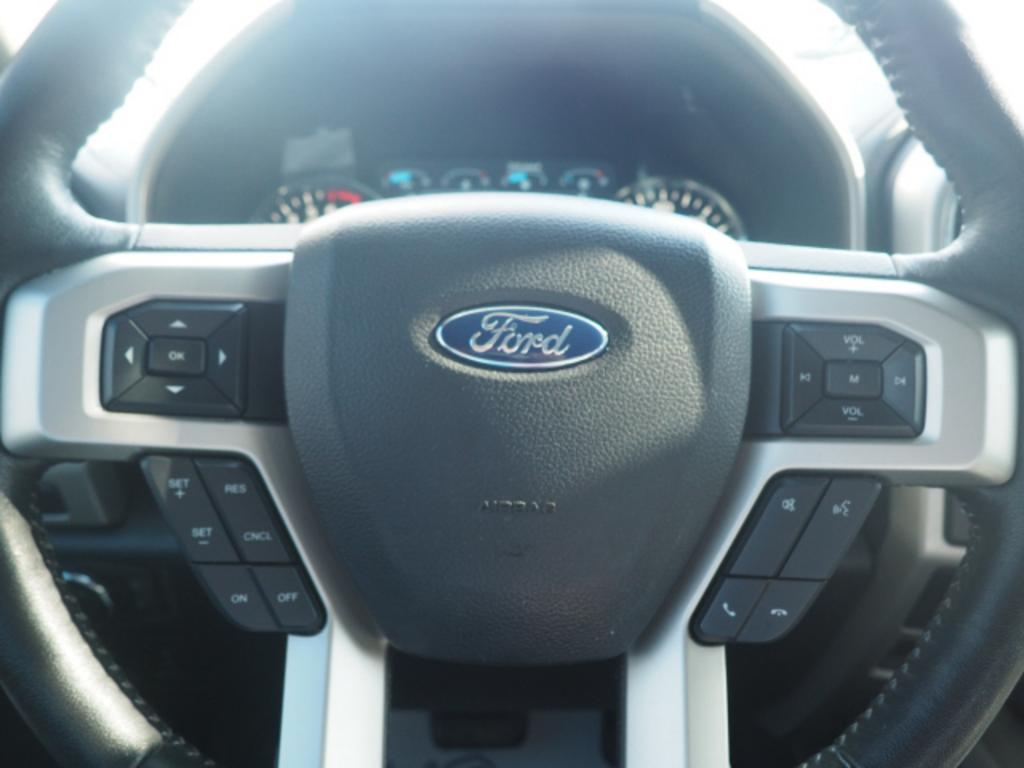 2019 Ford F-150 Lariat photo