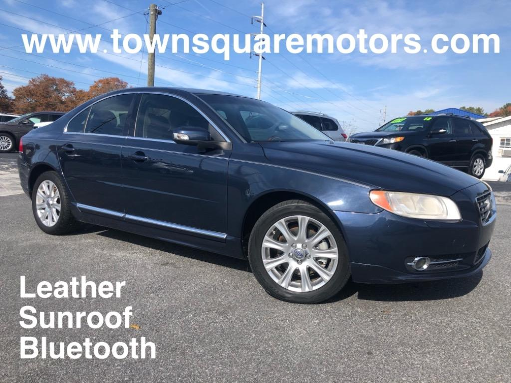 The 2011 Volvo S80 3.2 photos