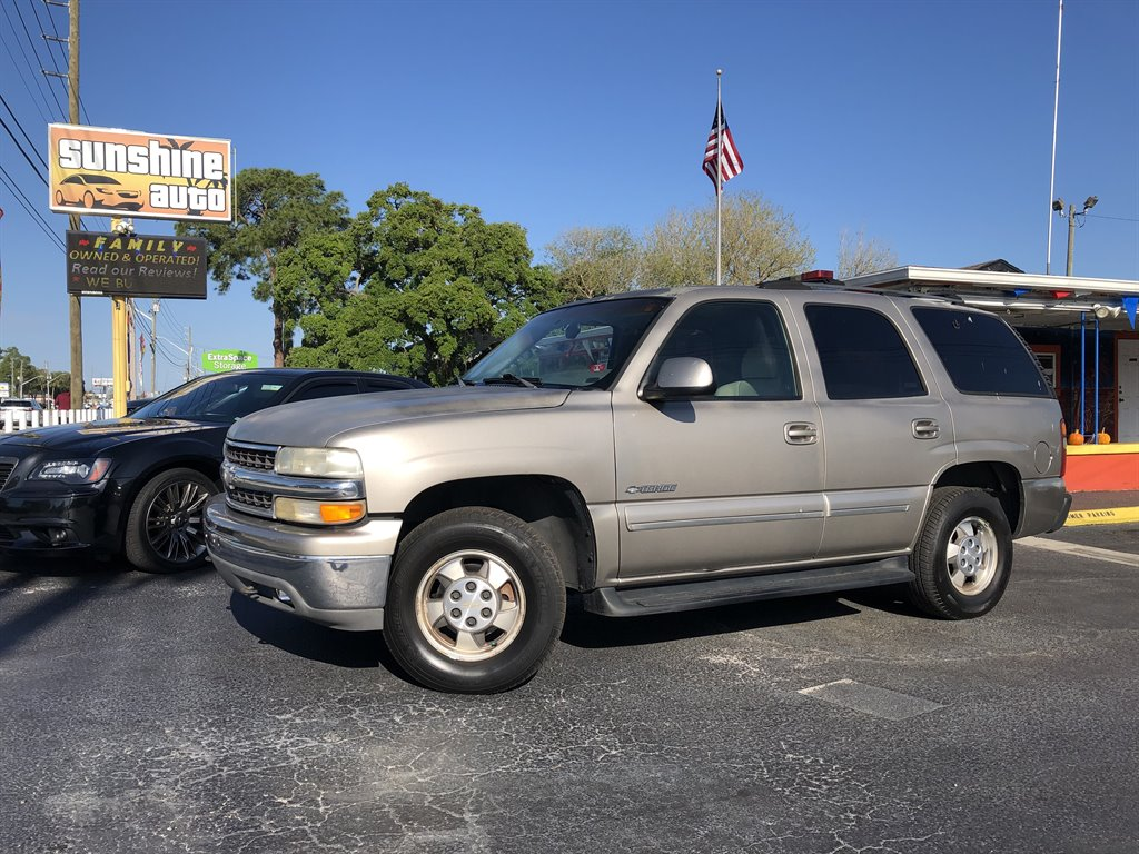 2001 Chevrolet Tahoe LS photo