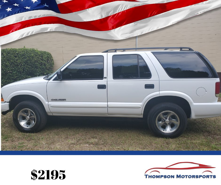 2002 Chevrolet Blazer LS photo