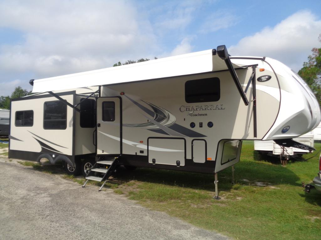2019 Coachmen RV CHAPARRAL 336TSIK THREE SLIDE ISLAND KITCHEN