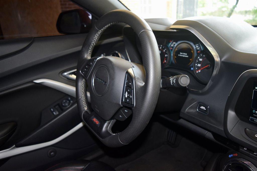 2016 Chevrolet Camaro SS photo