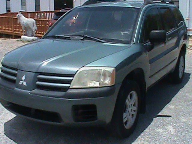 2005 Mitsubishi Endeavor LS photo