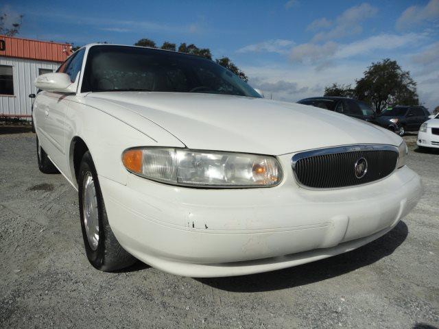 2005 Buick Century Standard photo