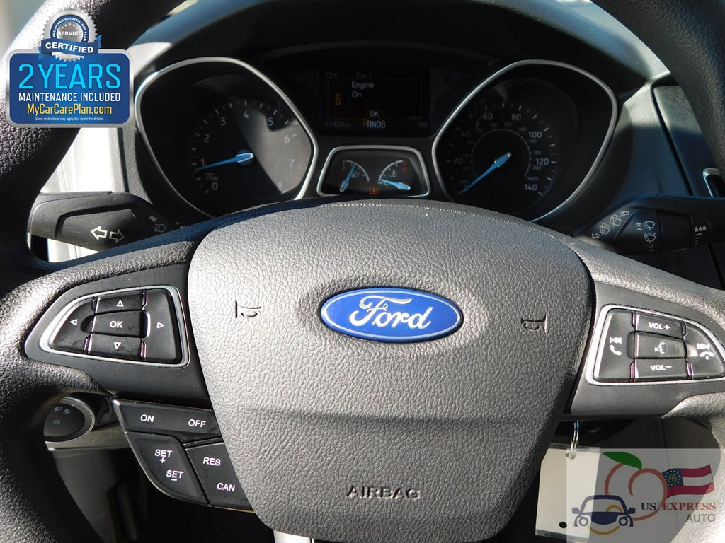 2017 Ford Focus SEL photo