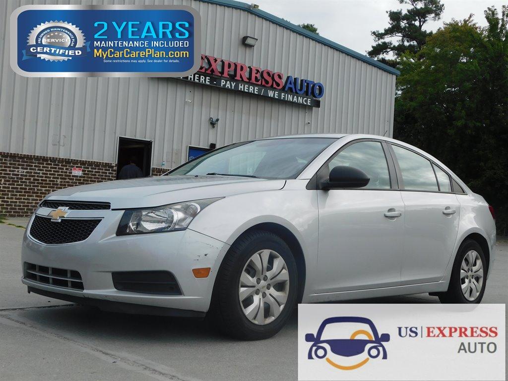 2014 Chevrolet Cruze LS Manual photo