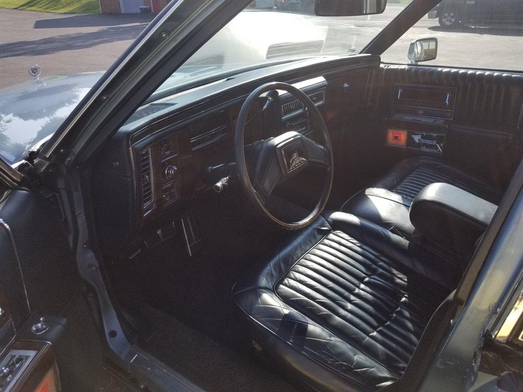 1987 Cadillac Brougham photo