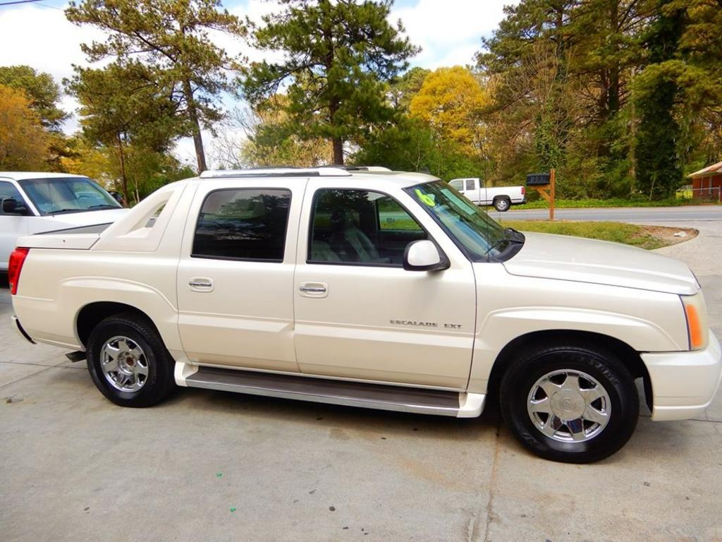 2006 Cadillac Escalade EXT photo