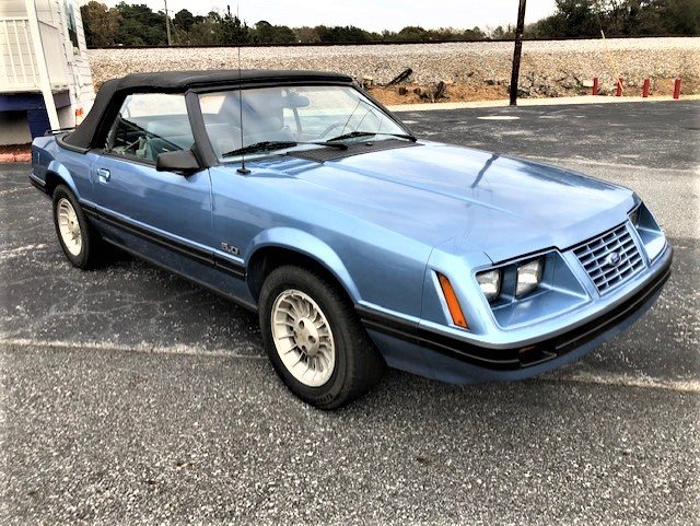1984 Ford Mustang GT photo
