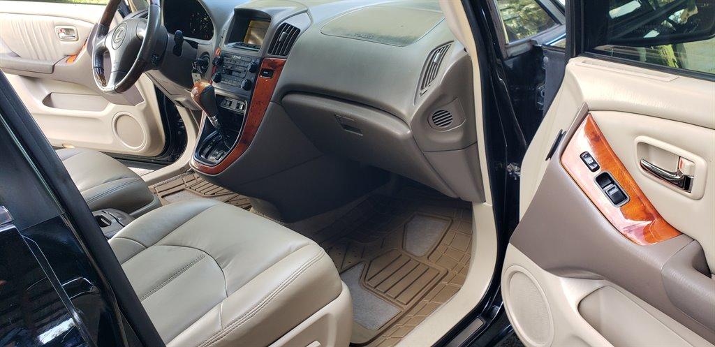 2003 Lexus RX 300 photo