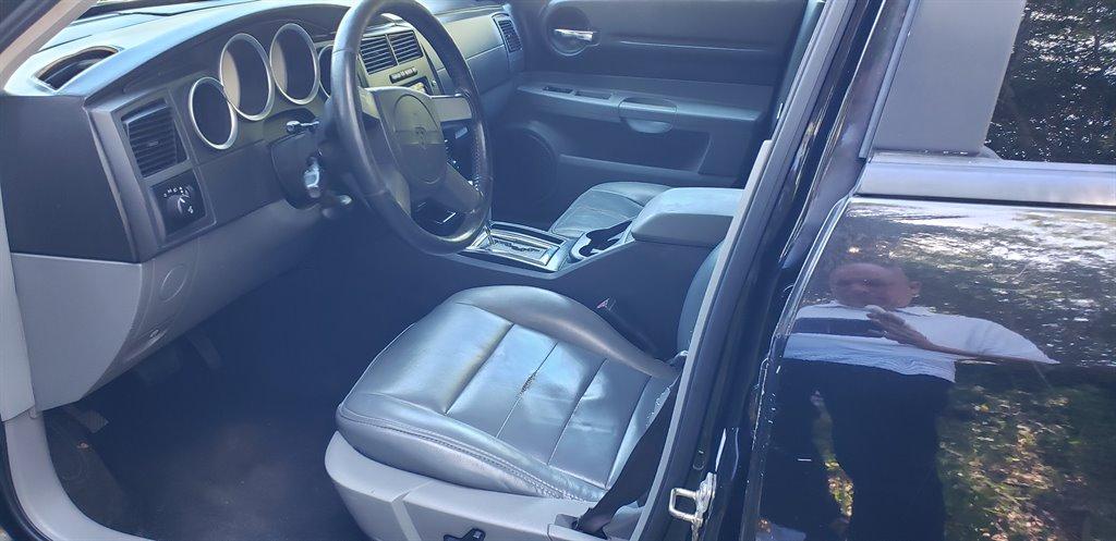 2005 Dodge Magnum SXT photo