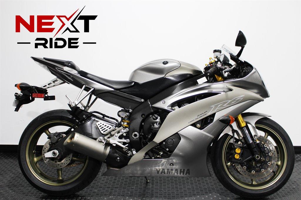 2008 Yamaha R6  photo
