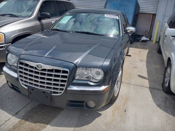 2005 Chrysler MDX photo
