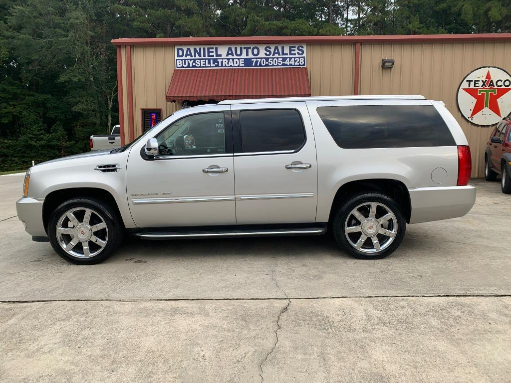 2014 Cadillac Escalade ESV Luxury RWD
