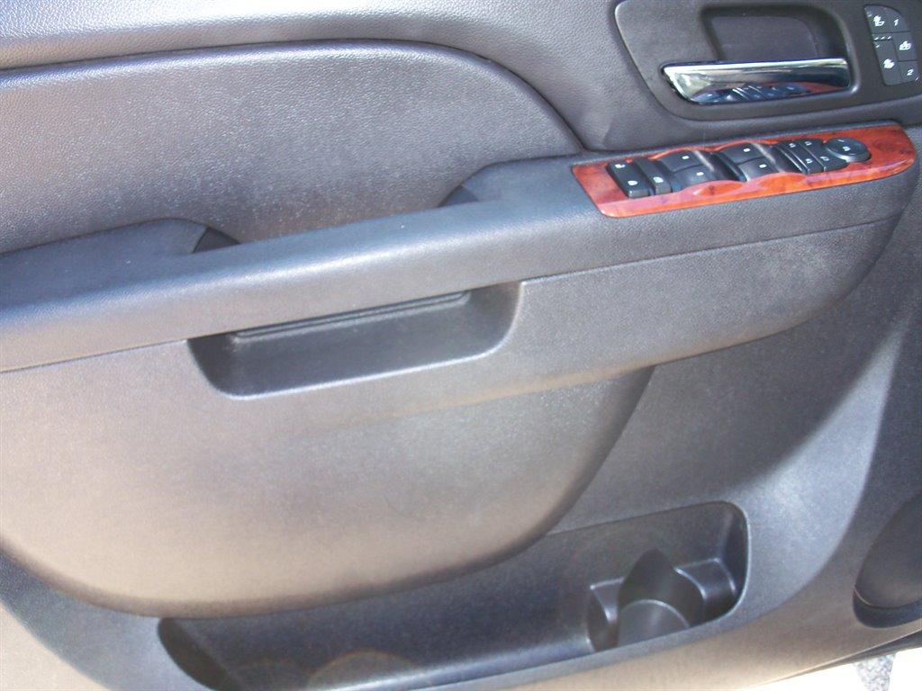 2013 Chevrolet Tahoe LT photo