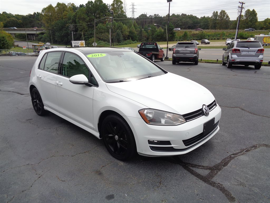 2015 Volkswagen Golf SE photo
