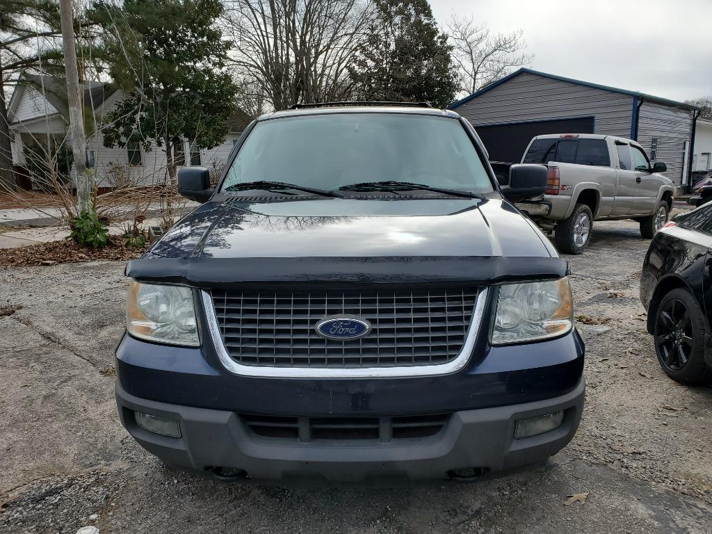 2004 Ford Expedition XLT photo