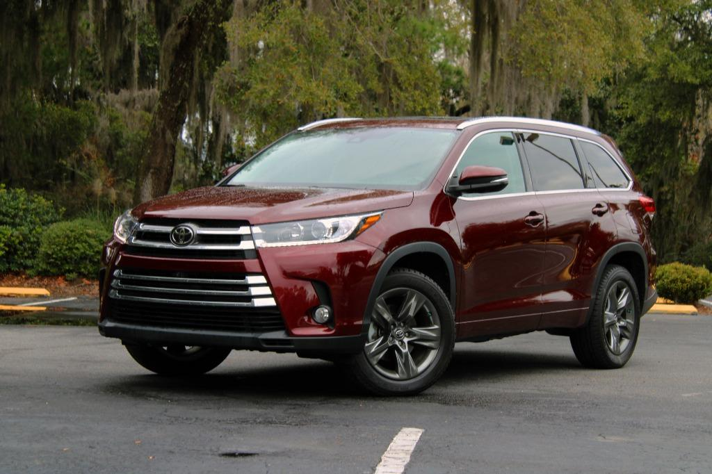 2017 Toyota Highlander Limited photo