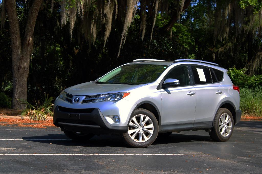 2015 Toyota RAV4 Limited photo