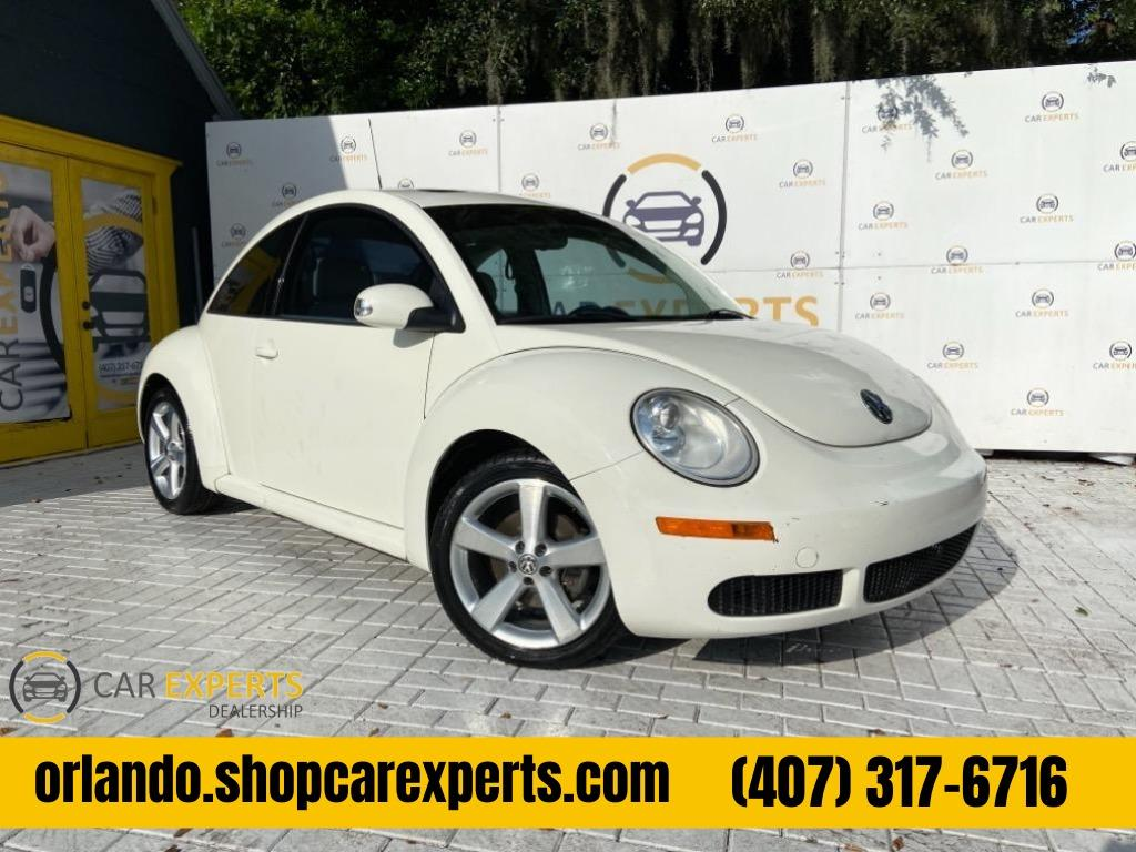 2008 Volkswagen New Beetle Triple White photo