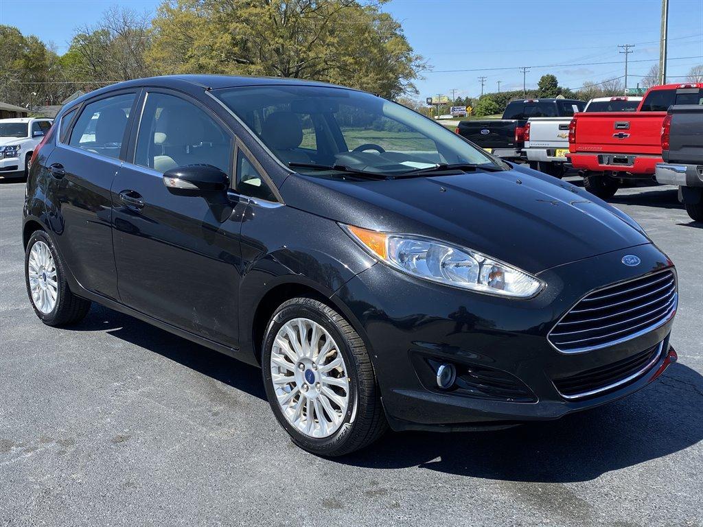 2014 Ford Fiesta Titanium photo