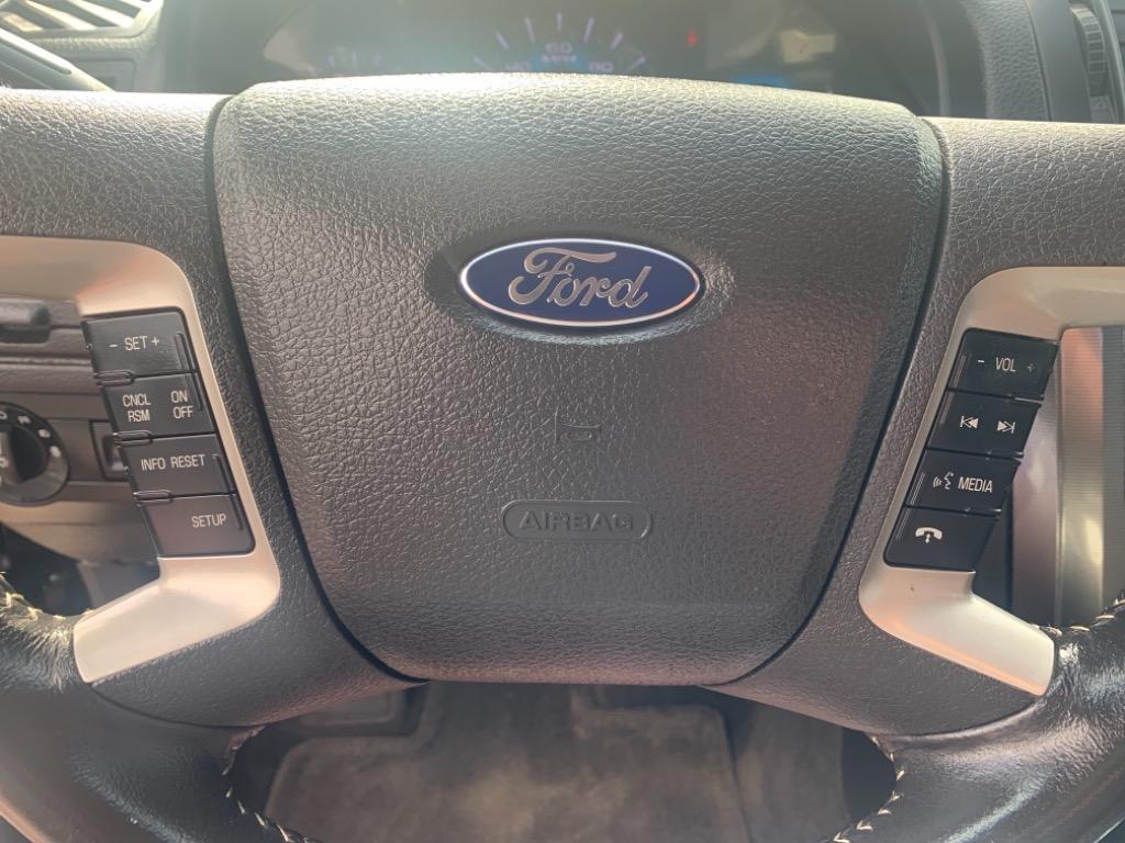 2011 Ford Fusion SEL photo