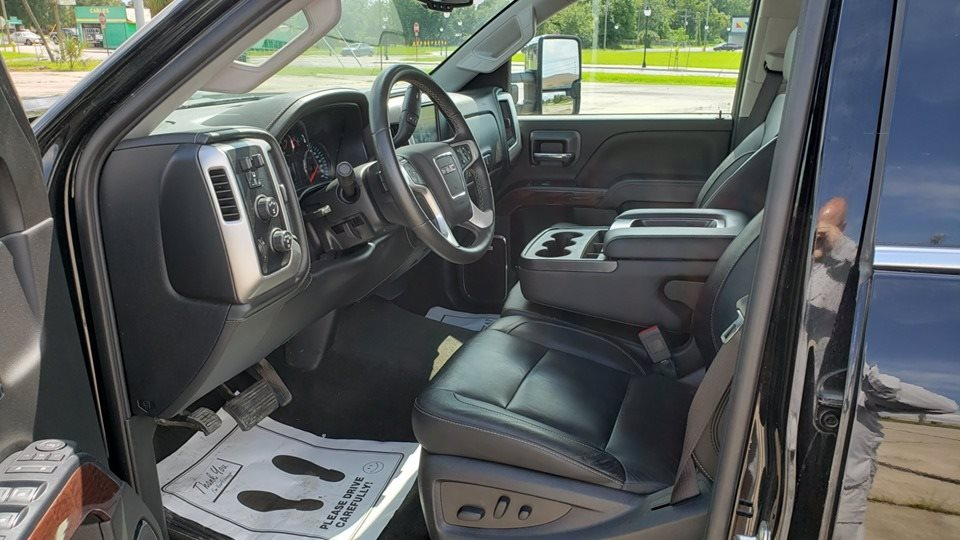 2018 GMC Sierra 2500 SLT photo
