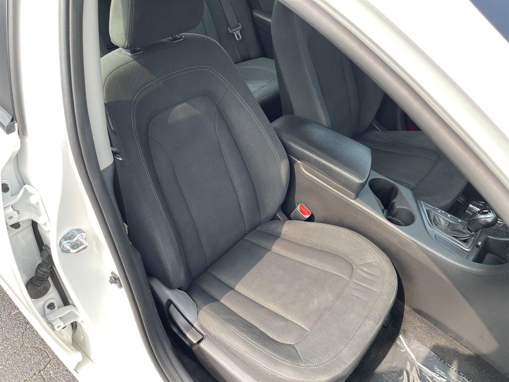 2012 Kia Optima Hybrid LX photo