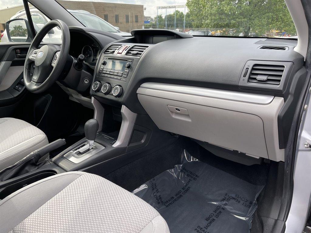 2015 Subaru Forester 2.5i Premium photo