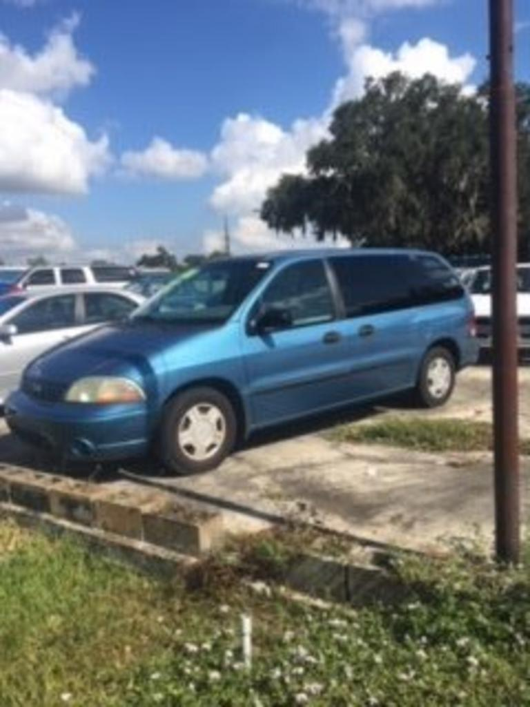 2003 Ford Windstar photo