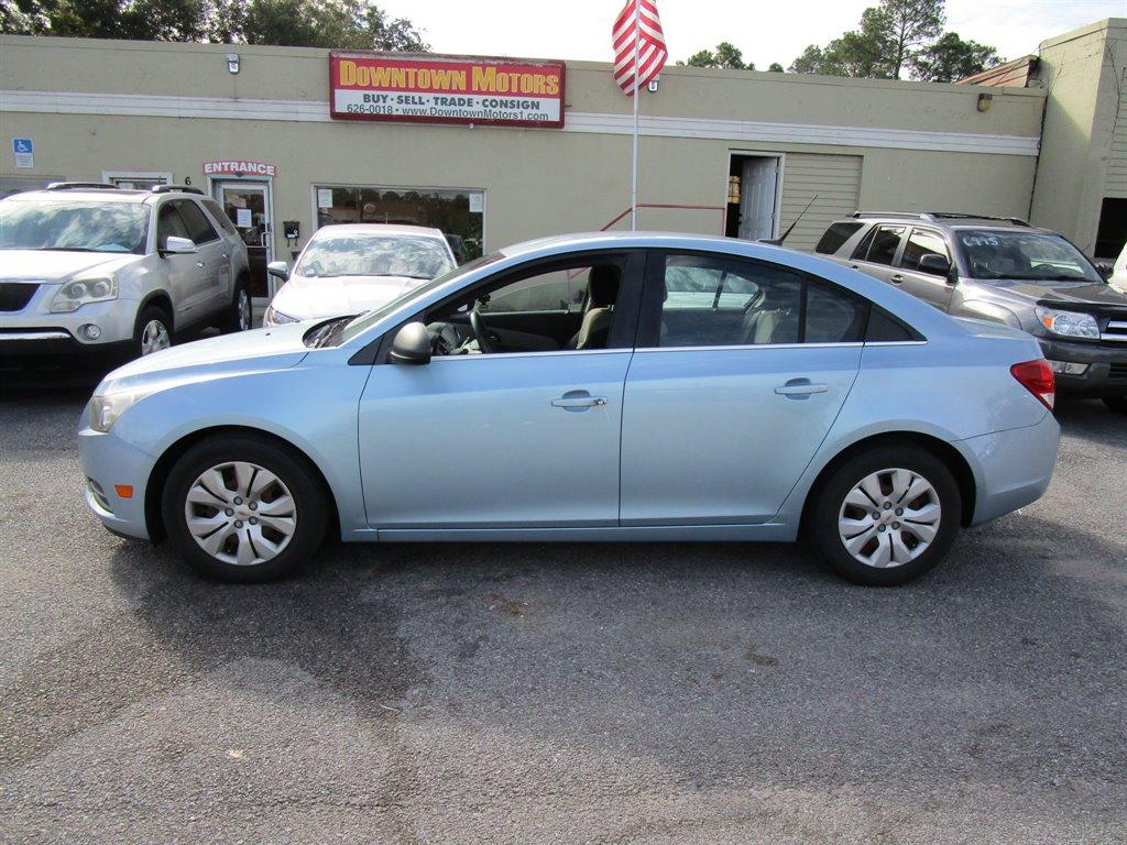 2012 Chevrolet Cruze LS photo