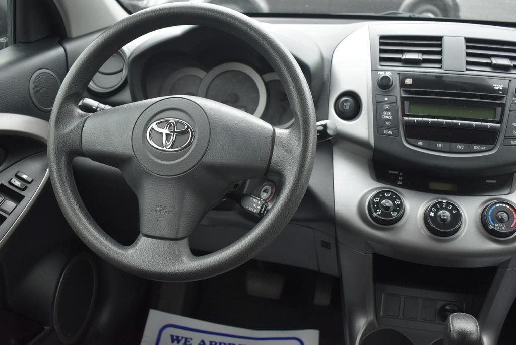 2006 Toyota RAV4 Sport photo